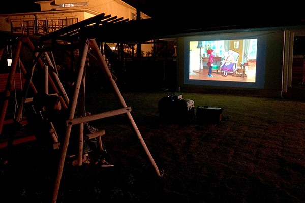 PROJECTOR&SCREEN RENTAL 野外上映